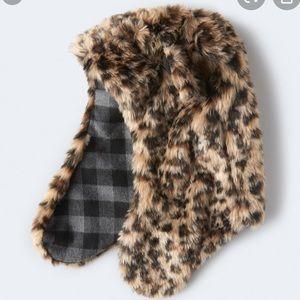 Accessories - Snow Leopard Hat